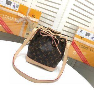 Louis Vuitton bucket drawstring female bag